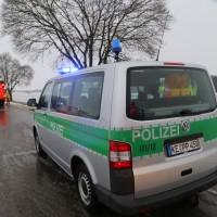 31-01-2016_Unterallgaeu_Woerishofen_Unfall_Pkw-Baum_Feuerwehr_Poeppel_new-facts-eu_mm-zeitung-online_005