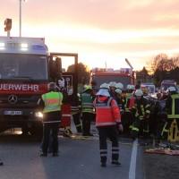 21-02-2016_BW_B312_Erlenmoos_Unfall_Feuerwehr_Polizei_Poeppel_new-facts-eu_mm-zeitung-online017