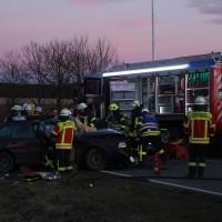 21-02-2016_BW_B312_Erlenmoos_Unfall_Feuerwehr_Polizei_Poeppel_new-facts-eu_mm-zeitung-online022