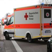 05-04-2016_A7_Berkheim_Memmimgen_Unfall_Lkw_2PKW-Feuerwehr_Poeppel20160405_0001
