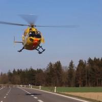 06-04-2016_A96_Holzguenz_Lkw_Pkw_schwerer-Unfall_Feuerwehr_Poeppel20160406_0061