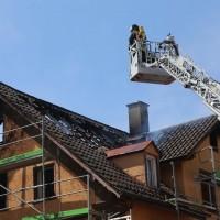 21-04-2016_Biberach_Großbrand_Gebaeude_Feuerwehr_Poeppel20160421_0035