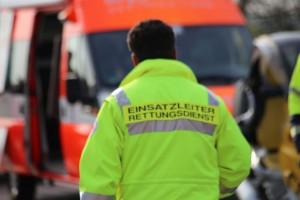 22-04-2016_Unterallgaeu_Kirchdorf_Tuerkheim_Unfall_Feuerwehr_Poeppel20160422_0063