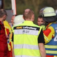 22-04-2016_Unterallgaeu_Kirchdorf_Tuerkheim_Unfall_Feuerwehr_Poeppel20160422_0067