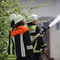 11-05-2016_Memmingen_Hart_Brand_Bauernhof_Feuerwehr_Poeppel_0024
