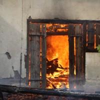 11-05-2016_Memmingen_Hart_Brand_Bauernhof_Feuerwehr_Poeppel_0043
