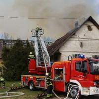 11-05-2016_Memmingen_Hart_Brand_Bauernhof_Feuerwehr_Poeppel_0057