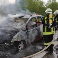 14-05-2016_A7_Berkheim_Dettingen_Pkw-Brand_Feuerwehr_Poeppel_0030