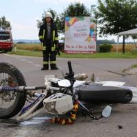 01-07-2016_Biberch_Erolzheim_UNfall_Pkw-Krad_Feuerwehr_Polizei_Poeppel_0001