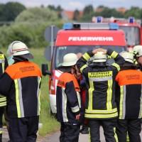 03-07-2016_Unterallgaeu_Tafertshofen_Pkw_Bach_Wasserwacht_BRK_Feuerwehr_Poeppel_0008
