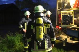 05-07-2016_Unterallgaeu_Ottobeuren_Buehl_Brand_Bauernhof_Feuerwehr_Poeppel_0048