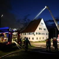 05-07-2016_Unterallgaeu_Ottobeuren_Buehl_Brand_Bauernhof_Feuerwehr_Poeppel_0053