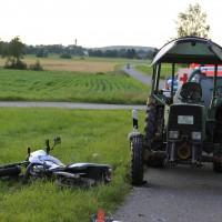 06-05-2016_Unterallgaeu_Dirlewang_Krad_Traktor_Notarzt_Poeppel_0003