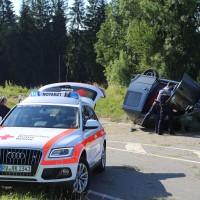 10-07-2016_B12_Isny_Großholzleute_Unfall_Pkw_Schwerverletzte_Rettungsdienst_Polizei_Poeppel_0005