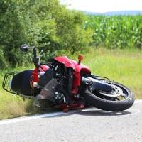 22-07-2016_B16_Mindelheim_Dirlewang_Motorrad_Unfall_toedlich_Feuerwehr_Poeppel_0001