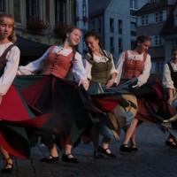 25-07-2016_Wallenstein-Sommer-2016_Tanz-auf-dem-Kopfsteinpflaster_Fackelzug_Poeppel20160725_0837