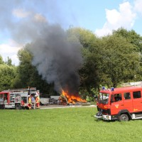 06-09-2016_Unterallgaeu_Heimertingen_Brand_Huette_Feuerwehr_Poeppel_0003