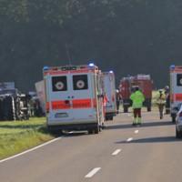 08-09-2016_BY_Unterallgaeu_Babenhausen_Kirchhaslach_Lkw-Unfall_Feuerwehr_Poeppel_0001