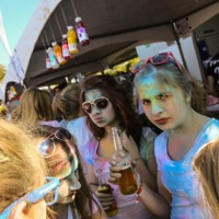 10-09-2016_Farbgefuehle_Memmingen_Memmingerberg_Terminal23_Holi_FarbenPoeppel_0457