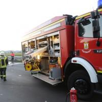 13-09-2016_A96_Mindelheim_Unfall_Tote_brennender-Pkw_Feuerwehr_Poeppel_0009