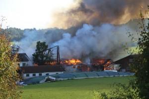 26-09-2016_Oberallgaeu_Altusried-Krugzell_Brand-Buernhof_Feuerwehr_Poeppel_0051