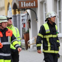 07-10-2016_Memmingen_Hotel_Stadtmitte_Gasgeruch_Raeumung_Feuerwehr_Poeppel_0111