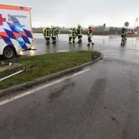 20161110_B16_Salgen_Bronnen_Unfall_Paketdienst_Pkw-Feuerwehr_Poeppel_new-facts-eu016