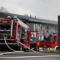 20161111_Ravensburg_Leutkirch_Brand_Werkstatt_Feuerwehr_lFeuerwehr_Poeppel_new-facts-eu_002