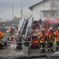 20161111_Ravensburg_Leutkirch_Brand_Werkstatt_Feuerwehr_lFeuerwehr_Poeppel_new-facts-eu_017