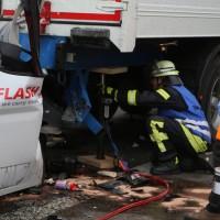 20161114_A7_Dietmannsried_Leubas_Kleinlaster_Sattelzug_Unfall_Feuerwehr_Poeppel_new-facts-eu_029