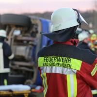 20161208_Unterallgaeu_Wolfertschwenden_Lkw-Unfall_Zementsilo_Feuerwehr_Poeppel_new-facts-eu_006