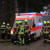 20161211_Unterallgaeu_Buxheim_Unfall_Pkw_Baum_Feuerwehr_Poeppel_0008