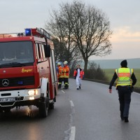 20161224_B465_Unfall_Frontal_Pkw_Multivan_Feuerwehr_Poeppel_0017