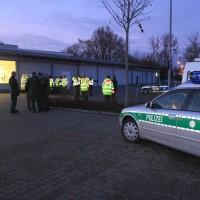 20161225_Augsburg_Fliegerbombe_Entschaerfung_Evakuierung_BRK_JUH_MHD_Polizei_Feuerwehr_THW_Tauber_Bruder_new-facts-eu_0098
