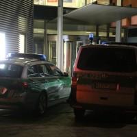 20161228_Memmingen_Polizei_Einsatz_Hallenbad_Arbeitsamt_Poeppel_0011