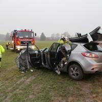 20170102_B12_Jengen_Unfall_Transporter_Pkw_Feuerwehr_Christoph40_dedinag_new-facts-eu_0004