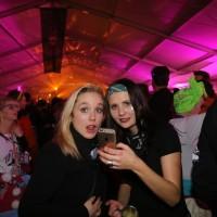 20170114_Memmingen_Stadtbachhexen_Daemmerumzug_Fasnet_Party-Zelt_Poeppel_0225