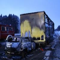 20170118_A980_B12_Waltenhofen_Unfall_Sattelzug_Lkw_Pkw_Brand_Feuerwehr_Poeppel_0006