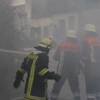 20170213_Unterallgaeu_Minelheim-Westernach_Brand_Gebaeude_Feuerwehr_Poeppel_0036