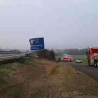 20170324_A96_Weissensberg_Lkw-Unfall_Feuerwehr_Oel_Poeppel_0010