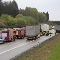 20170425_A96_Buchloe_Tuerkheim_Wertach_Lkw_Unfall_Feuerwehr_Poeppel_0020