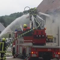 20170605_Neu-Ulm_Altenstadt_Brand_Wohnhaus_Reihenhaus_Feuerwehr_poeppel_0003