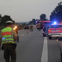 20170625_A7_Groenenbach_Woringen_Kleinbus_Unfall_Feuerwehr_Poeppel_0001