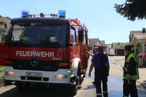 20170706_A96_Holzguenz_Erkheim_Unfall_Transporter_Vollsperrung_Feuerwehr_Poeppel_0030