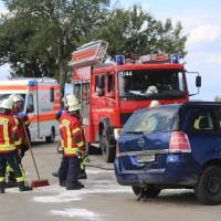 20170714_Biberach_Tannheim_Mooshausen_Pkw_Baum_Unfall_Feuerwehr_Poeppel-0008