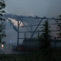 2017-09-08_Unterallgaeu_Hawangen_Brand_Maschinenhalle_Feuerwehr_Poeppel-0011