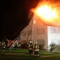 2017-09-18_Aitrach_Chausee_Brand_Feuerwehr_Poeppel_0021