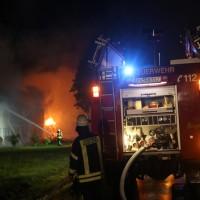 2017-09-18_Aitrach_Chausee_Brand_Feuerwehr_Poeppel_0049