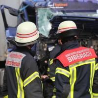 2017-10-06_A7_Dettingen_Berkheim_Lkw-Unfall_Feuerwehr_Poeppel_0012