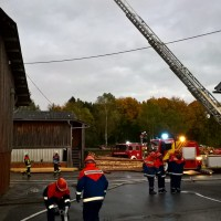 2017-10-06_Unterallgaeu_Zell_Jugend_Feuerwehr_THW_BRK_JUH_Uebung_Feuerwehr-Zell_new-facts-eu_0023